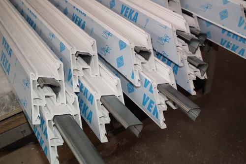 Армирование металлом пластикового профиля